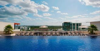 Four Points by Sheraton Cancun Centro - Cancún - Piscine