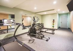 La Quinta Inn & Suites by Wyndham Brooklyn Central - Brooklyn - Gym
