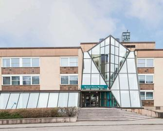 Quality Hotel Prisma - Skövde - Gebäude