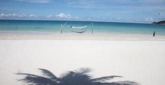 Tommy Resort - Ko Pha Ngan - Beach