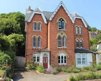 Ashbury Bed & Breakfast - Great Malvern - Gebouw