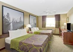 Super 8 by Wyndham Gurnee - Gurnee - Bedroom