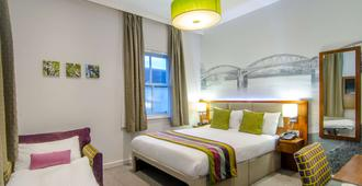 Seraphine Hammersmith Hotel, Sure Hotel Collection By Best Western - Londra - Yatak Odası
