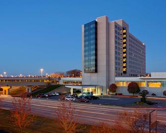 Hyatt Regency Pittsburgh International Airport - Pittsburgh - Building