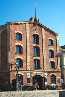 Hotel Alter Hafenspeicher - Stralsund - Building