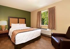 Extended Stay America - Detroit - Warren - Warren - Bedroom