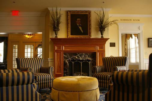 Historic Boone Tavern Hotel and Restaurant - Berea - Lounge
