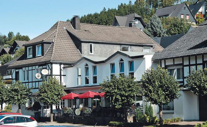 Hotel Hochland - Schmallenberg - Building