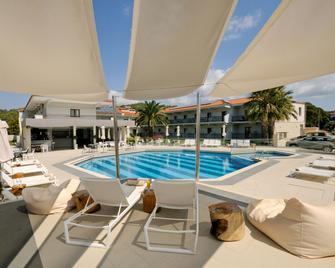 Aristotelis Hotel - Kassandreia - Pool