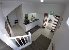 Masonic Hotel - Waitara - Escalier
