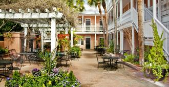 Elliott House Inn - Charleston - Outdoor view
