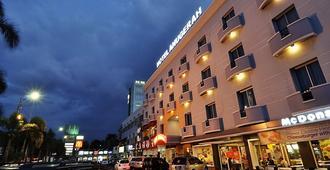 Hotel Anugerah Palembang - פלמבאנג