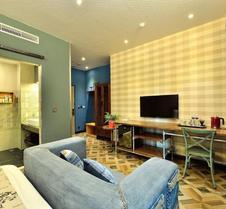 Smokey Joe's Apartment