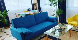 Hotel La Croisette & Restaurant Bistrot Gantier - Royan - Sala de estar