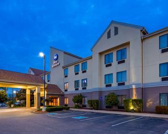 Best Western B. R. Guest - Zanesville - Building