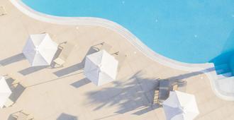 أبولون هوتل - كوس - حوض السباحة