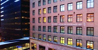 Hyatt Place Des Moines Downtown - דה מואן - בניין