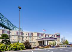 Holiday Inn Express & Suites Astoria - Astoria - Edifício