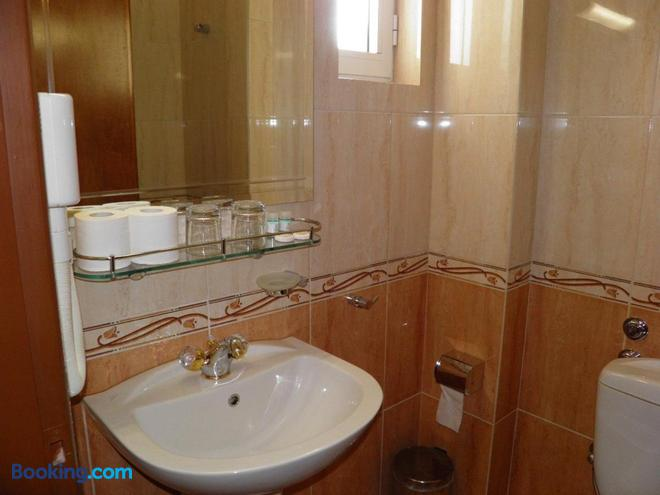 Hotel Meletiou - Thebes - Bathroom