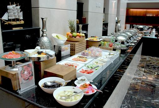 Millennium Executive Apartments Muscat - Maskat - Buffet