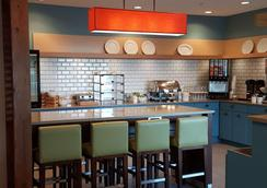 Country Inn & Suites by Radisson, Springfield, OH - Springfield - Restaurant