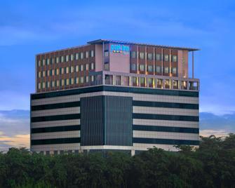 Park Inn by Radisson Amritsar Airport - Amritsar - Building