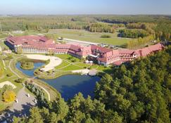 Hotel Ossa Conference & Spa - Rawa Mazowiecka - วิวภายนอก