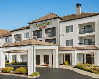 Courtyard by Marriott Roseville - Roseville - Gebäude
