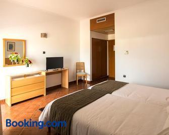 Hotel Santa Maria - Vila do Porto - Bedroom