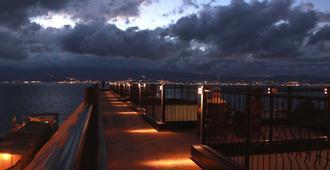 E' Hotel - Regio de Calabria - Vista del exterior