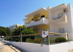 Yiannis Apartments - Mastichari - Gebäude