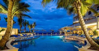Condado Vanderbilt Hotel - סן חואן - בריכה