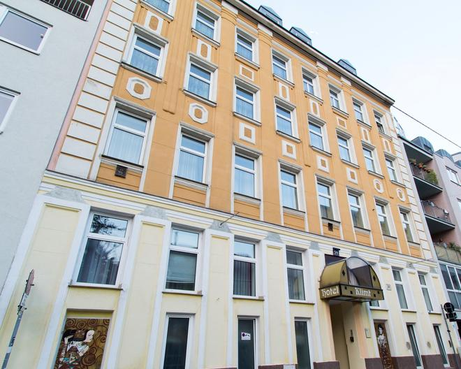 Hotel & Apartments Klimt - Vienna - Building