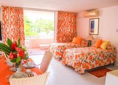 Monteray Family Hotel - Christchurch - Yatak Odası