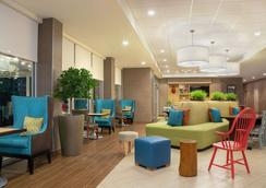 Home2 Suites by Hilton Indianapolis South Greenwood - Indianapolis - Lobby