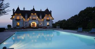 Manoir de Benerville - Deauville - Pool