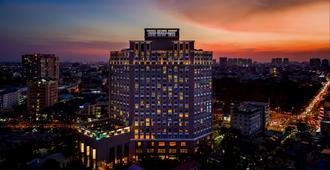 Hotel Nikko Saigon - הו צ'י מין סיטי - בניין
