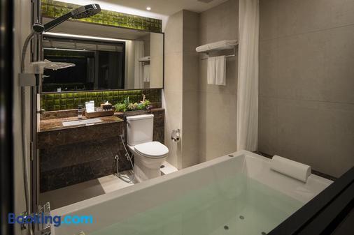 Chillax Heritage - Bangkok - Bathroom