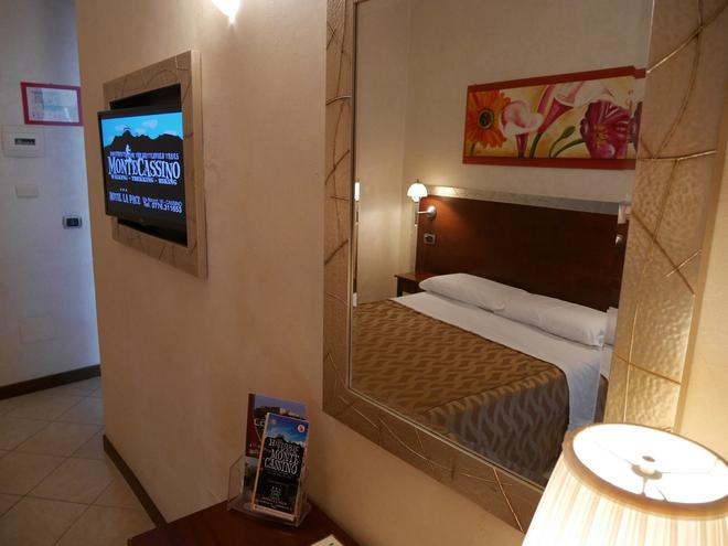 Hotel La Pace - Cassino - Κρεβατοκάμαρα