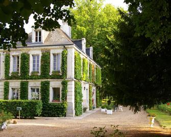 Hostellerie du Château de l'Isle - Chenonceaux - Gebäude