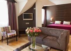 Hotel Fc Villalba - Collado Villalba - Bedroom