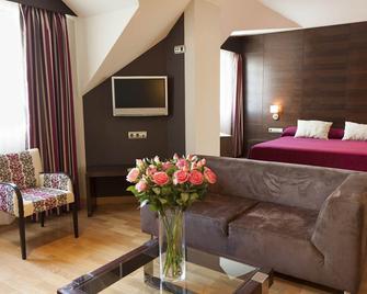 Hotel Fc Villalba - Collado Villalba - Спальня
