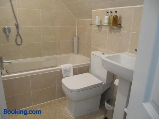 Brigstock House - Llandudno - Phòng tắm
