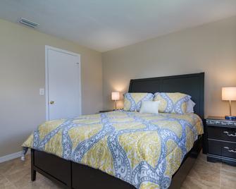 Villa Manatee by Pretty Cape Homes - Cape Coral - Schlafzimmer