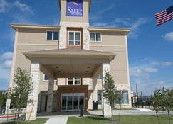 Sleep Inn and Suites Austin-Northeast - Austin - Building