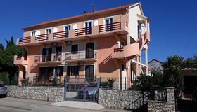 Pansion Maria - Zadar - Bâtiment