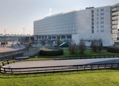 NH Lyon Airport - Colombier-Saugnieu - Edificio