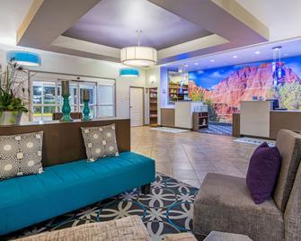 La Quinta Inn & Suites by Wyndham Dumas - Dumas - Lobby