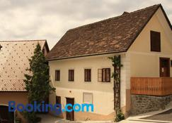 Guesthouse Bajc - Vrhnika - Building