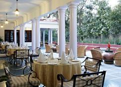 Vivanta Sawai Madhopur Lodge - Sawāi Mādhopur - Restaurante